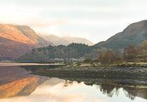 Dawn Reflections Loch Leven Scotland von Jacqi Elmslie