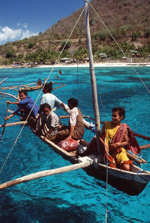women at Alor Island - Indonesia by martino motti