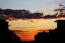 Urban sunset von George Panayiotou