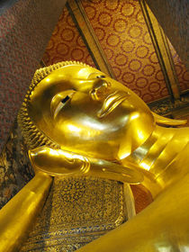 Reclining Buddha-Wat Pho-Bangkok by Mark Lucock