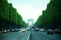 Paris- Champs Elysees  by Gautam Tingre