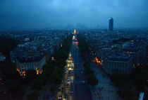 Paris-la-defense-from-champs-elysees