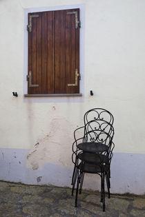 Cafe chairs von Danita Delimont