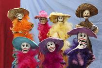 Figures celebrating Dia de Los Muertos von Danita Delimont