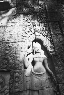 Apsara Carving The Bayon von Danita Delimont