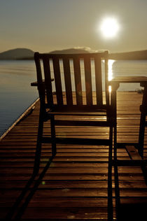 A chair with a view of Moosehead Lake in the early morning von Danita Delimont