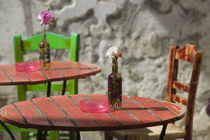 Hania: Colorful Cafe Table von Danita Delimont