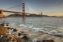 A scenic view of the Golden Gate Bridge von Danita Delimont