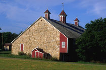 Stone Bank Barn with Cupolas von Danita Delimont