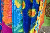Batik cloth Punanga Nui Cultural market von Danita Delimont