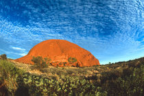 Red Glow of the Famous Ayers Rock in the Outback Australia von Danita Delimont