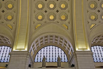 View of ceiling decorations inside Union Station train depot von Danita Delimont