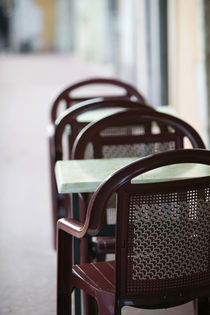 ANNECY: Cafe Table & Chairs along Canal de Thiou Old Town / Daytime by Danita Delimont