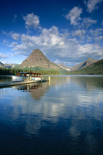 Tour Boat Docked at Two Medicine Lake in Glacier National Park Montana von Danita Delimont