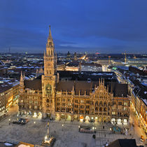 München Rathaus by imageworld