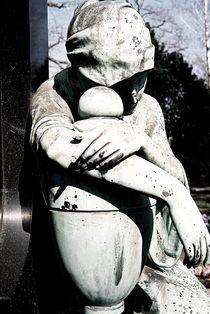 graveyard mourning IX by Oliver Metz
