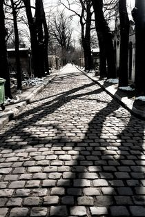 graveyard shadows I by Oliver Metz