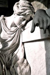 graveyard mourning XV by Oliver Metz