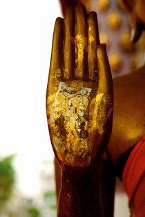 Raised Buddha Hand von Dean Harte