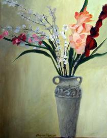 Floralwithstonevase1