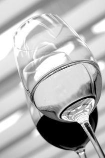 Glasses 4 by Vito Magnanini