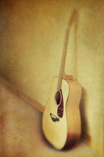 silent guitar by Priska  Wettstein