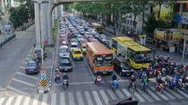 Bangkok Traffic von Sarmad Bhatti