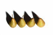 Five pears von Peter Zvonar