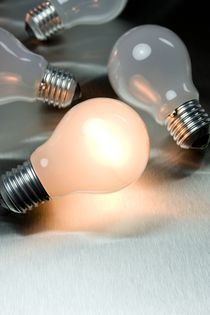 Light bulb von Peter Zvonar