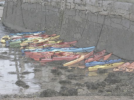 Kayaks-in-rockport-harbor-05-colored-pencil