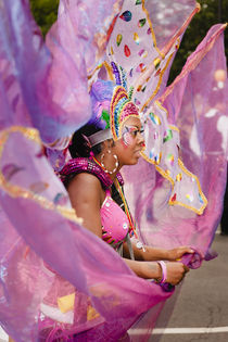Purple Lady at the Notting Hill Carnival. by Tom Hanslien