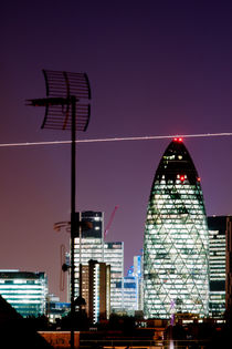 Gherkin and plane by mvg foto