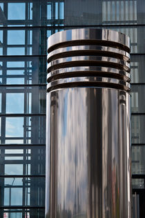 Chrom-Zylinder by Hans-Georg Fischenich