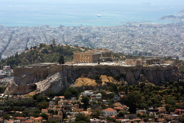 Acropolis-seen-from-lykavittos-hill