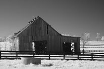 Rural Kentucky Tobacco Barn by Michael Kloth