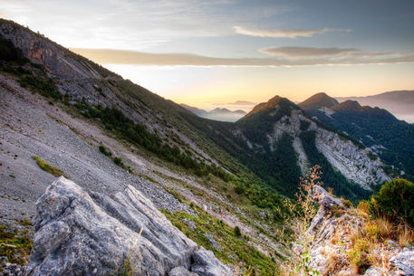 Sunrise-in-the-pyrenean-catalonia