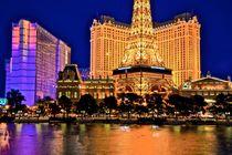 Blue Hour & Paris Hotel von Luis Henrique de Moraes Boucault