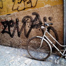 Bikeandgraffiti by artskratches