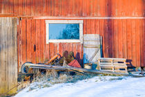 Jumble outside a barn von kbhsphoto