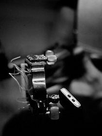 Flamenco-guitar-2