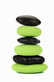 Stack of green and black pebbles by alternance by Sami Sarkis Photography
