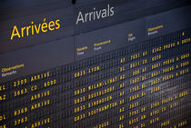 Arrival departure board at airport von Sami Sarkis Photography