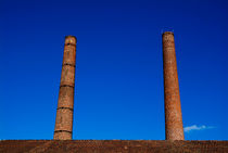 Two chimneys against blue sky von Sami Sarkis Photography