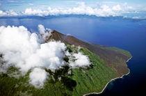 Rf-clouds-island-sea-vanuatu-volcano-lds116