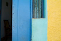 Colourful doorstep in Trinidad von Sami Sarkis Photography