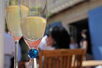 Champagne cups at celebration von Sami Sarkis Photography