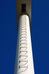White pylon with ladder by Sami Sarkis Photography