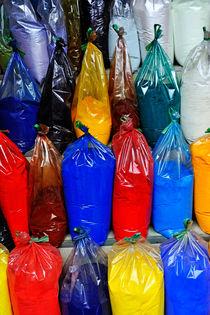Powder of Paint von Sami Sarkis Photography