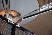 Airport Departure board von Sami Sarkis Photography