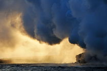 Steam-cloud-ocean-kilauea-volcano-rm-haw-d319404